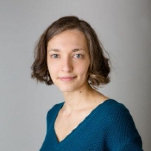 Yulia Tsybysheva, Russian translator